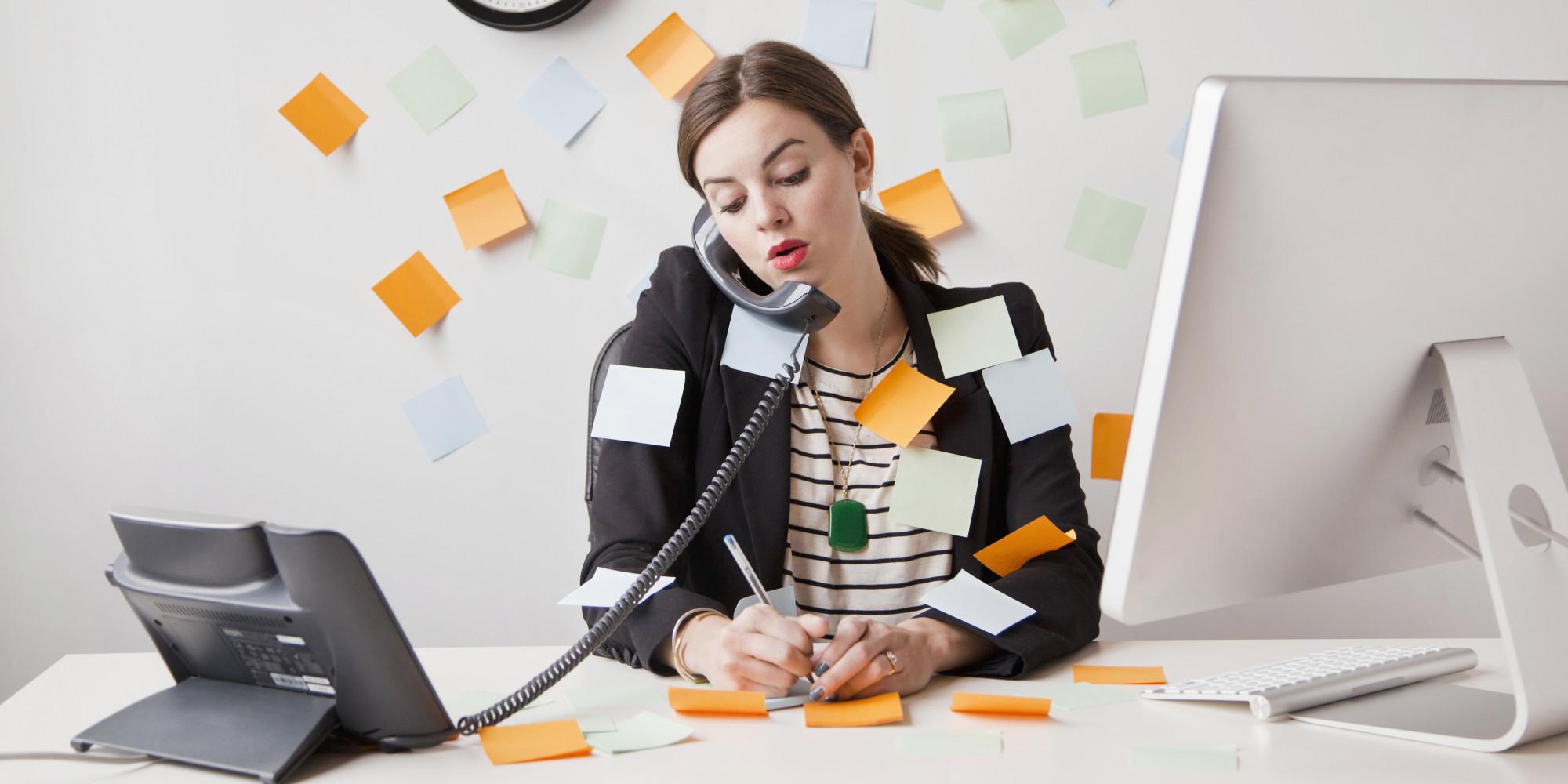 Masalah produktifitas karyawan bisa diatasi oleh HRD dengan memiliki software HR gratis
