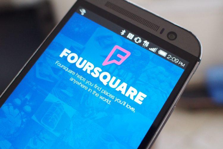 strategi promosi bisnis foursquare