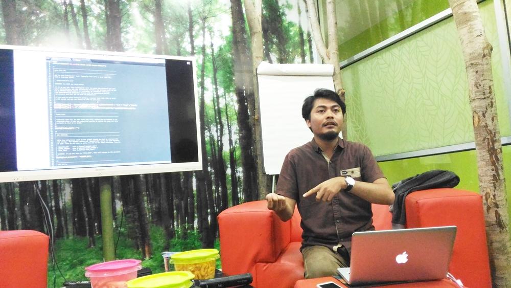 Membuat web app php Angga Rindjani