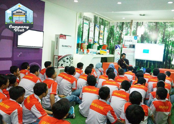Gamatechno Bagi Tips Jadi Programmer Handal di Company Visit