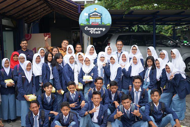 SMK N 2 Magelang Pelajari Tips Pemrograman Bersama Gamatechno