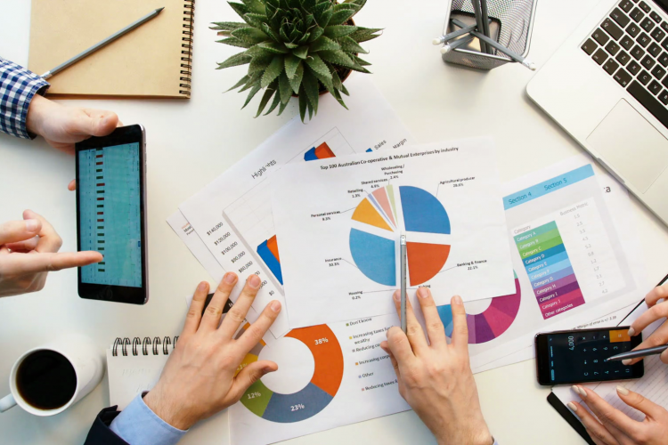 Panduan Lengkap dan Format Menyusun Laporan HR