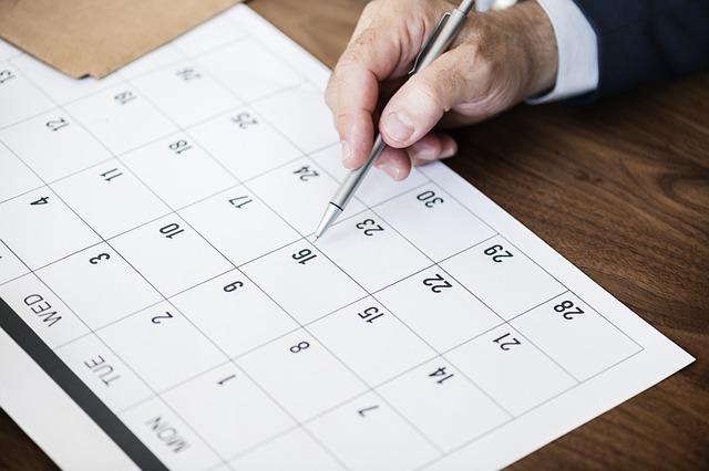 tips pembayaran tepat waktu, invoice yang jelas, aplikasi invoice, pembayaran tepat waktu