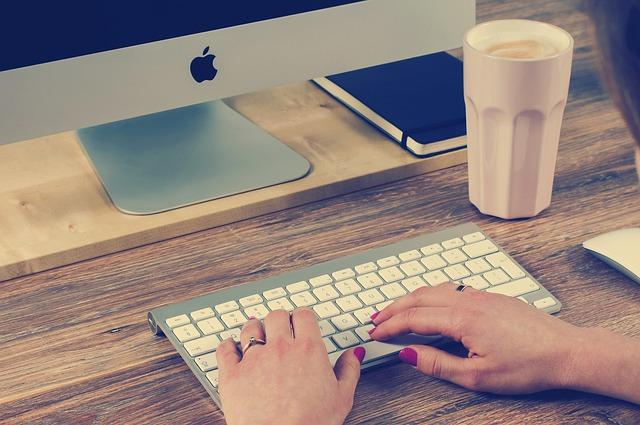 layanan tik, teknologi informasin, layanan ti, teknik informatika