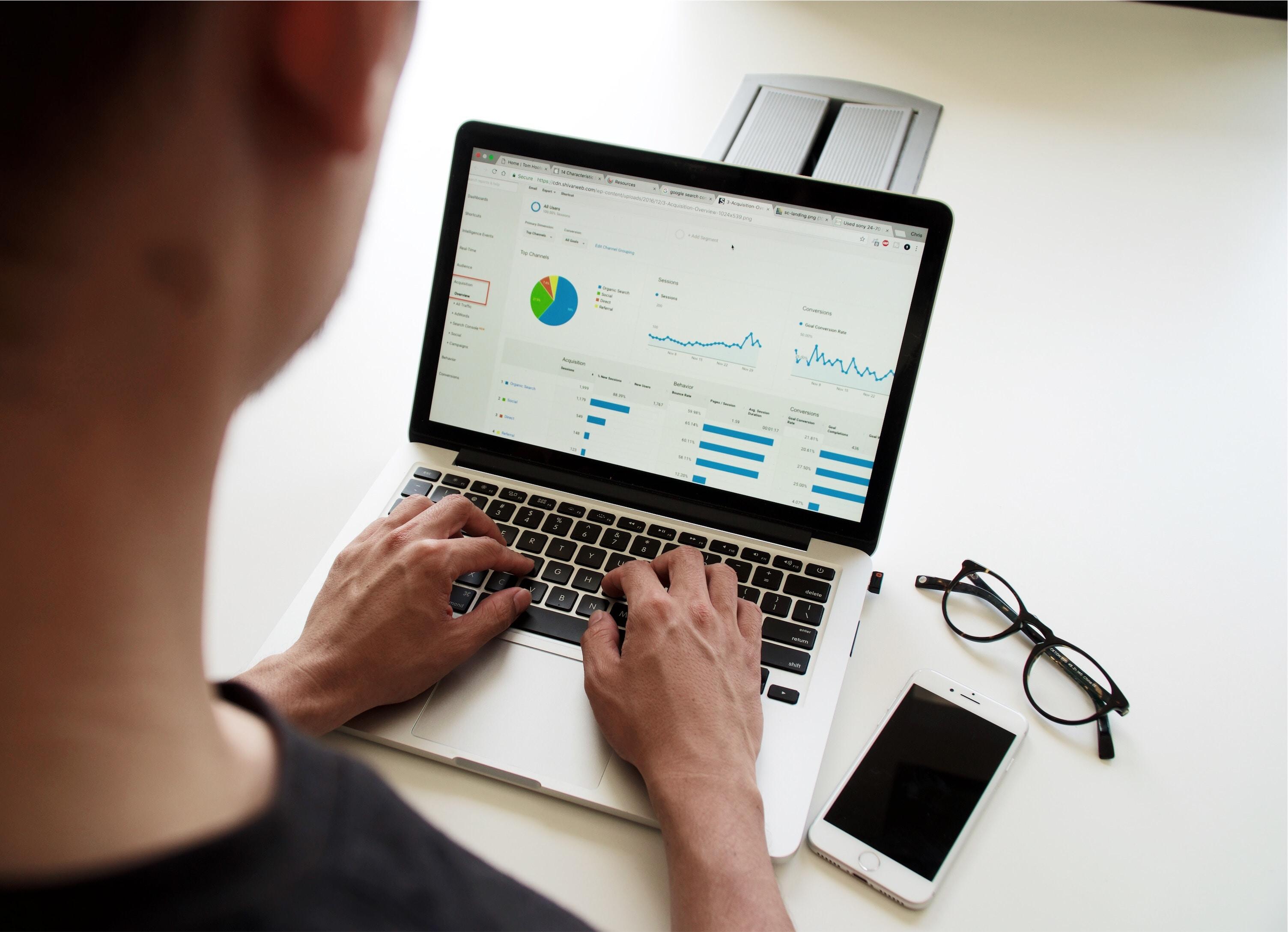 Data analytics, Data analytics indonesia, Data analytics big data, pekerjaaan Data analytics