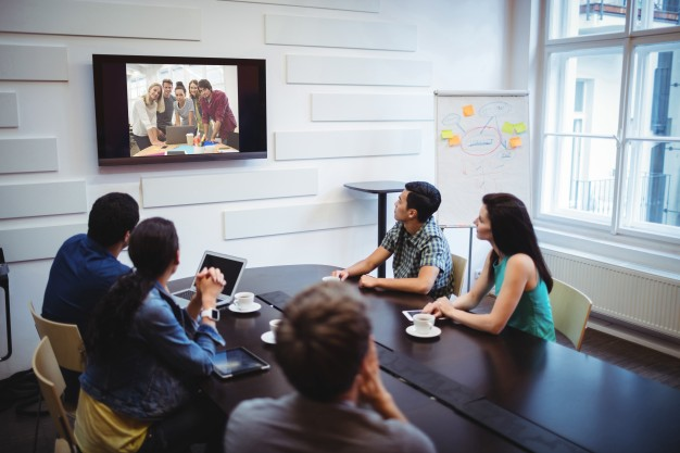 Kerja produktif saat WFH menggunakan aplikasi video conference